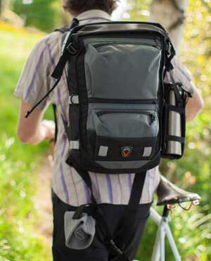 Velo Men's Transit The Edge 30 Waterproof Messenger Bicycle Backpack Review